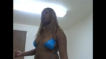 women that can lick own pussy